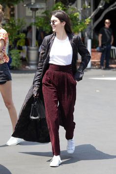 June 01, 2016 - Out and about in Los Angeles. Kendall Nicole Jenner Fashion Style