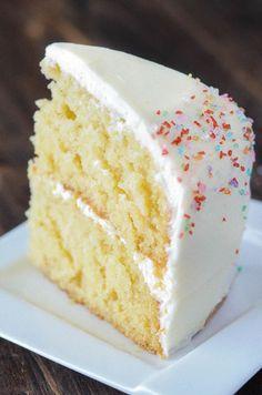 Vanilla dream cake recipe - Vanilla Dream Cake a crazy moist vanilla layer cake frosted with creamy vanilla buttercream icing combines to create the ultimate homemade vanilla cake recipe cake vanilla dessert Vanilla Dream Cake Recipe, Homemade Vanilla Cake, Homemade Cake Recipes, Easy Cookie Recipes, Vanilla Cake Recipes, Vanilla Desserts, Homemade Cake Frosting, Vanilla Birthday Cake Recipe, Moist Cake Recipes