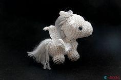 Ravelry: Tiny Pegasus pattern by Ahooka Migurumi