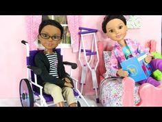 Saiba o ofício de fazer boneca em Cadeiras de Rodas, muletas e mais - PcD