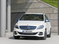 Mercedes To Stop Production Of Only Mass-Market Electric Car
