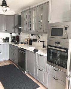 Ein komfortables und angenehmes Haus in Izmir - Home Design Home Design, Küchen Design, Interior Design, Design Ideas, Western Kitchen, Design Moderne, Cuisines Design, Home Living, Cabinet Design