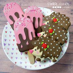 Friends! ... #funkycookiestudio #jillfcs #doorcounty #sisterbay #edibleart #cookieart #countrywalkshops #popsiclecookies #icecreambarcookies #hedgehogcookies #hedgiecookies via ✨ @padgram ✨(http://dl.padgram.com)