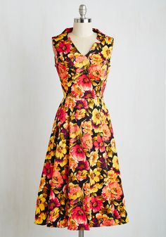 Pros and Conference Dress. As the time nears to present at the panel, you radiate a classy confidence in this warm toned midi, coming to ModCloth in August. #multi #modcloth