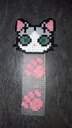 Bookmark cat hama mini beads