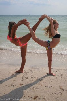 infinity sign with your bestfriend.(: @εℓყsε ∞ ℬσwdεη we have to do this!