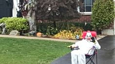 halloween clown idea - one of the teens randomly sits still in a chair until the kids approach. Halloween Clown, Spooky House, Teen, Chair, Kids, Young Children, Boys, Stool, Children