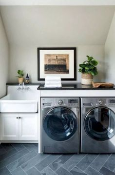 31 Fabulous Modern Farmhouse Laundry Room Design Ideas - About-Ruth Laundry Room Tile, Laundry Room Remodel, Laundry Room Cabinets, Basement Laundry, Farmhouse Laundry Room, Small Laundry Rooms, Laundry Room Organization, Laundry Room Design, Diy Cabinets