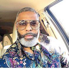 Black Men Haircuts, Black Men Hairstyles, Curly Hairstyles, Black Men Beards, Handsome Black Men, Beard Styles For Men, Hair And Beard Styles, Men With Grey Hair, Grey Hair Black Man