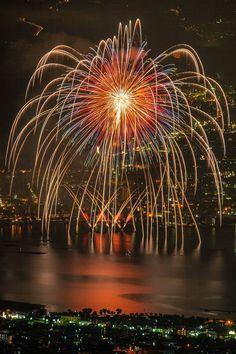 Lake Suwa Fireworks, Nagano, Japan | Mitsunobu Ueno 諏訪湖 全国新作花火競技大会