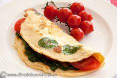 omleta-cu-spanac Omelette Recipe, Mozzarella, Bacon, Ethnic Recipes, Food, Tortilla Recipe, Meal, Recipe For Omelette, Essen