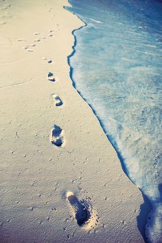 Playa beach verano summer huellas  footprint mar sea miraquechulo
