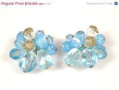 Vintage Blue Crackle Bead Acrylic Cluster Earrings Germany #vintage #vogueteam