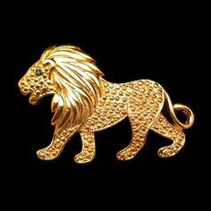 Mid Cenury Large Figural Lion Vintage Brooch by MyClassicJewelry