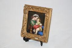 Solo da Vassallo Antiques & Restauro, questa magnifica placca in porcellana dipinta...