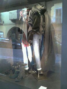 Vetrine lilly abbiglianento
