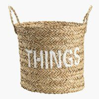 A fun way to decorate a plain woven basket - embroidery! Metal Baskets, Storage Baskets, Vintage Pantry, Beach Shack, Straw Bag, Wicker, Reusable Tote Bags, Bedroom, Sweet
