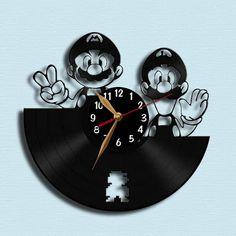 Horloge vinyle / Super Mario : Mario et Luigi - Vinyl Record horloge de mur / mur montre LP / Black Home Decor, Laser cut décoration / Wall hanging