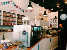 Sample the yummy sweets at this downtown cake shop run by a young team of confectioners.