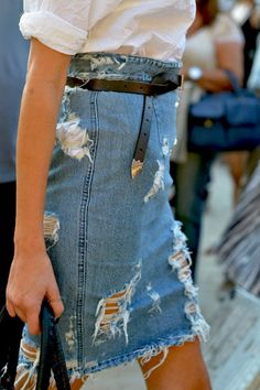 Denim skirt | Summer inspo | Streetstyle | White blouse | Outfit | How to pair a denim skirt | More on Fashionchick