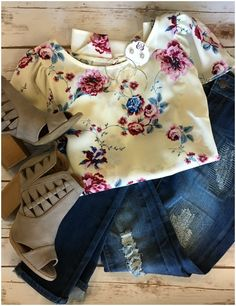 Floral feminine sleeved top with denim and natural peep toe stacked heel booties. Such a perfect Spring easy to wear look!