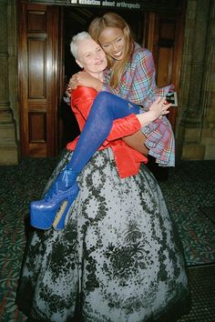 Date: 1993.  Who? Naomi Campbell and fashion designer Vivienne Westwood.  Event: Designer of the Year Awards at the Natural History Museum during London Fashion Week.  The best bit: