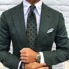 10 Tie Rules All Men Need to Know William Cespedes Custom Shirt Maker, Style Outfits, Herren Outfit, Sharp Dressed Man, Suit And Tie, Suit Fashion, Style Fashion, Elegance Fashion, Gentleman Style
