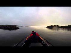 Coastal Pro Toyota Arctic -ilmatyynyalus avovedessä. Katso lisää www.rafhovercraft.fi www.facebook.com/ilmatyynyalus