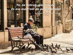 #opiekunmedyczny Często w komunikacji ze starszym pokoleniem natrafiamy na bariery, których nie umiemy pokonać. Dlatego warto wiedzieć, jaki wpływ ma starzenie się na komunikację oraz jakie istnieją zasady, pomagające przezwyciężyć trudności.