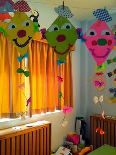 Kids Crafts, Summer Crafts, Diy And Crafts, Craft Projects, Arts And Crafts, Class Decoration, School Decorations, Kindergarten Art, Preschool Crafts