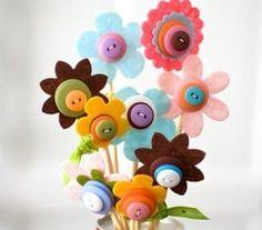 Riciclo creativo bottoni - Tante idee per riutilizzare i vecchi bottoni che abbiamo in casa e trasformarli in originali decorazioni fai da te, da realizzare anche insieme ai bambini.