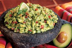Apparently the Best guacamole.I'd say any guacamole is the best, and I'm willing to try this one! Ww Recipes, Mexican Food Recipes, Great Recipes, Cooking Recipes, Favorite Recipes, Healthy Recipes, Avocado Recipes, Paleo Food, Mexican Desserts