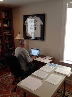 Such a tiny screen // Michael Connelly Writing Writing Corner, Writing A Book, Writing Desk, Writing Station, Study Room Design, Michael Connelly, Work Pictures, Room Of One's Own, A Writer's Life
