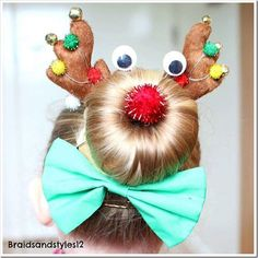 Even the most novie hairstylist can tackle these 20 easy Christmas hairstyles for little girls. which is your favorite? I love the Christmas tree. Wacky Hair Days, Crazy Hair Days, Hairstyles Haircuts, Braided Hairstyles, Cool Hairstyles, Teenage Hairstyles, Black Hairstyles, Wedding Hairstyles, Birthday Hairstyles