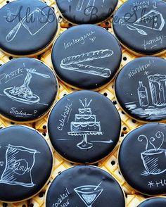 Talk about a well designed cookie! Repinned because we just couldn't resist the look of these illustrated #chalkboard inspired sweets.