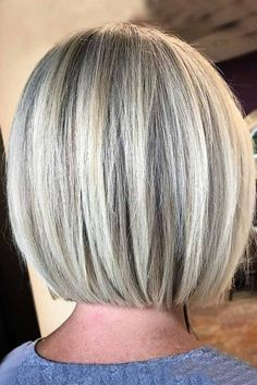 The thing about short bob haircuts is that they are extremely popular these days. It does not mean that they haven't been pretty demanded a while ago, but nowadays it is different. The difference lies in a number of cuts, their versatility, number of hair Stacked Bob Hairstyles, New Short Hairstyles, Straight Hairstyles, Ponytail Hairstyles, Gray Hairstyles, Stylish Hairstyles, Simple Hairstyles, Beautiful Hairstyles, Everyday Hairstyles