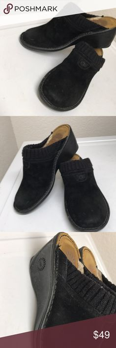 Ugg Clogs Size 7 Great preloved shoes that has nice cushion ,has some used and trace of dust/dirt. UGG Shoes Mules & Clogs