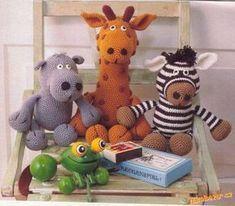Hroch, žirafa a zebra- not in English Giraffe Crochet, Crochet Animals, Crochet Toys, Amigurumi Patterns, Crochet Patterns, Crochet Bouquet, Toy People, Animal Decor, Stuffed Animal Patterns