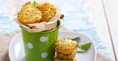 Recette de Bouchées minceur de courgettes aux herbes. Facile et rapide à réaliser, goûteuse et diététique. Ingrédients, préparation et recettes associées.