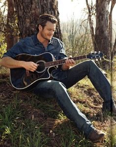 Blake shelton is the only @ country singer I find attractive but his wife is even better haha Country Music Artists, Country Music Stars, Country Singers, Country Musicians, Country Men, Country Girls, Country Strong, Country Life, Blake Sheldon
