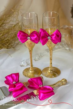Gold and fuchsia wedding champagne flutes & set for от DiAmoreDS #wedding…