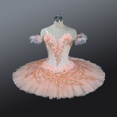 Cheap professional tutu, Buy Quality ballet costumes directly from China pink professional tutu Suppliers: Adult women peach pink professional tutu platter stage performance competition classical ballet costumes Nutcracker tutus girl Tutu Ballet, Dance Costumes Ballet, Ballerina Costume, Tutu Costumes, Ballet Girls, Bolshoi Ballet, Carnival Costumes, Ballet Dancers, Ballet Shoes