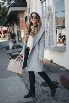 Shawl wrap coat and dark denim Winter Fashion Casual, Fall Winter Outfits, Autumn Winter Fashion, Spring Fashion, Casual Fall, Mode Outfits, Casual Outfits, Fashion Outfits, Workwear Fashion