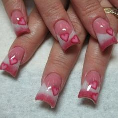 ok i love the shap of these pink and whites anyone know who does these nails here in clarksville/nashville area??