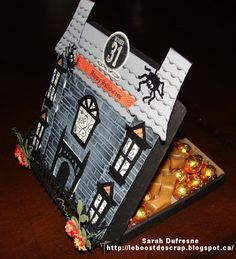 Candy display for Halloween. Created by Sarah Dufresne. Bonbon Halloween, Halloween Cards, Candy Display, Envelopes, Drawer, Creations, Wraps, Paper Crafts, 3d