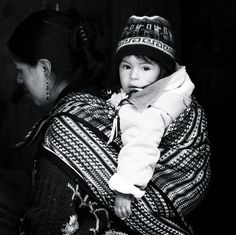 Family in Peru 08 by Hideki Naito, via Flickr