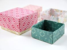 As I mentioned in this post I've been having fun making a whole bunch of these diy origami gift boxes. I've been thinking about using them for christmas presents (how great would they look filled with these cinnamon sugar coated cashews?)