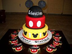 Mickey Cake!  on Cake Central