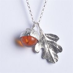 Picture of Amber Oak Necklace