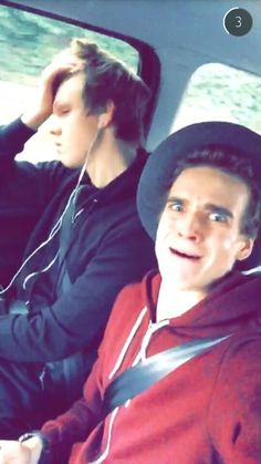 Caspar Lee on Joe Sugg's snap Snapchat ID: thatcherjoe